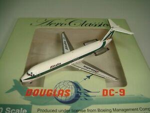 """Aeroclassics 400 Alitalia AZ DC-9-30 """"1990s color 1:400"""
