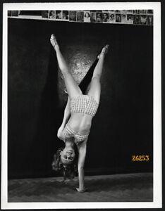 Larger size photograph, Dinah  Shore, actress, ballerina, dancer, by Tobis-C