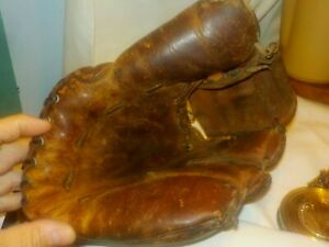 Vintage Antique  All Leather Rawlings ?  Baseball Mitt Glove
