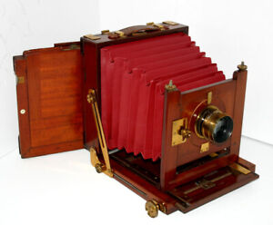 J.LIZARS 1/2 PLATE MAHOGANY CAMERA + 1 PLATE HOLDER. RED BELLOWS,COOKE 7x5 LENS