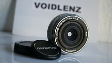 Olympus M. Zuiko Digital 17 mm f/2.8 Pancake Lens Micro Four Thirds M4/3 OM Argent