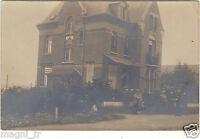Photographie ancienne - Militaires devant une maison ( i 84 )