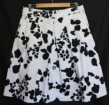 SPORTSCRAFT SIGNATURE ~ White Black Geometric Print Box Pleat Cotton Skirt 12