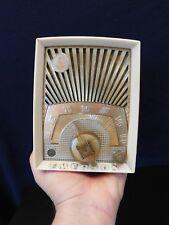 "VINTAGE 50s EMERSON "" SUNBURST "" RARE IVORY COLOR OLD TUBE ANTIQUE LUCITE RADIO"