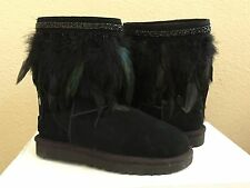 UGG CLASSIC SHORT PEACOCK BLACK BOOT US 8 / EU 39 / UK 6.5 - NEW