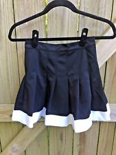 Youth Black and White Cheerleading Skirt Sz 14 (26 in waist)
