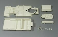 AMT 1/25 1963 CHEVY II NOVA STATION WAGON CHASSIS, INTERIOR AND RELATED PARTS