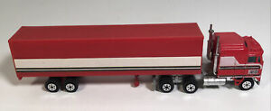 Yatming BJ & The Bear Semi And Trailer 1981 1/64 Diecast Truck