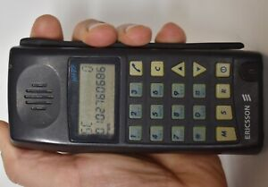 RARE Vintage  Ericsson NH99 Type 1931c NMT 900 Mobile Cell Phone 1994