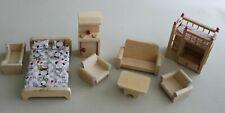 Lot de meubles en bois pour maison de poupée: lit, salon, canapé, table basse
