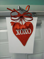 "Valentine's Day Hanging Decoration / 15"" x 10"""