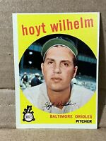 1959 59 Topps HOYT WILHELM Card HOF Player No. 349 NM+ to NM-MT