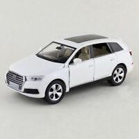 1:32 Scale Audi Q7 SUV Model Car Diecast Gift Toy Vehicle Kids White Sound Light