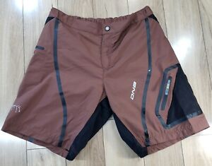 Descente Men's Cycling  Loose Shorts Size Large brown Pockets