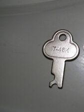 LOWEST PRICE LONG Lock Old Key Safe Trunk Case Steamer Locker T-46K T46