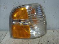 Passenger Corner/Park Light Park Lamp-turn Signal Fits 01-05 EXPLORER 88227