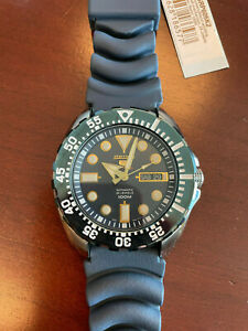 Seiko 5 Sport Diver Automatic Blue Dial  SRP605K2 - Extra Barton Strap