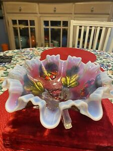 NORTHWOOD GLASS COMPANY DAISY AND PLUME RUFFLED EDGE OPALESCENT BOWL WITH GOOFUS