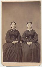 1860s CDV PHOTO FASHION LADIES SISTERS? CIVIL WAR REVENUE STAMP OXFORD, PA #67