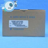 1PCS New in box Yaskawa Servo Motor SGMG-44A2ABB