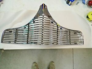 1940 Dodge Upper Chrome Grill Nice Original With Emblem Free Shipping ! ! !