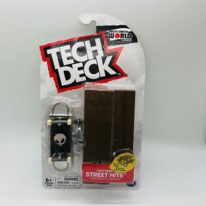 Tech Deck BLIND STREET HITS WITH PICNIC TABLE NEW