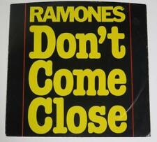 "RAMONES Signed Autograph ""Don't Come Close"" 45 rpm Single Vinyl Record by All 4"