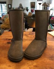 UGG Australia 5825 Classic Short Boots Women's Gray Suede SIZE 7 New!