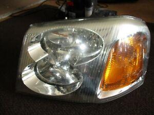 2002 - 2009 GMC Envoy Halogen Headlight LH LEFT DRIVERS USED 02 03 04 05 06 07