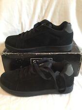 Globe Vice noir gris à fines rayures en daim Homme Garçons Chaussures De Skate Taille UK 7 Entièrement neuf dans sa boîte