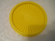 5 INCH YELLOW TUPPERWARE SERVALIER SEAL # 812-42