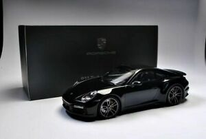 2020 Porsche 911 Turbo 992 1/18 Resin Model Car MiniChamps Dealer Edition Black