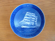 Royal Copenhagen 1961 Christmas Plate The Training Ship