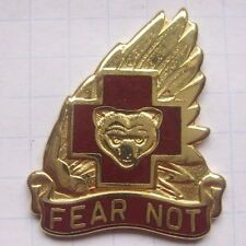 Army 21st Combat Support hospital/US Army Crest... pin (147e)