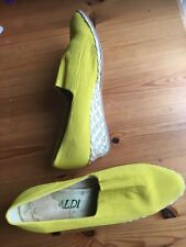 Women's Sandals -Size 39, Lime, Yellow, Aldi, made in Italy