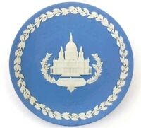Wedgwood Jasper Ware Blue White St Paul's Cathedral Design 1972 Christmas Plate