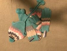 OSFM women's hat, scarf and gloves set NWT