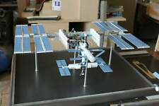 """1:144 SCALE MODEL OF INTERNATIONAL SPACE STATION, MADE OF METAL (30"""" LENGHT)"""