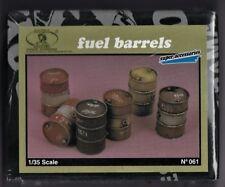ROYAL MODEL 061 - FUEL BARRELS - 1/35 RESIN KIT