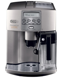 DeLonghi Magnifica ESAM 3500 Silber Espresso-CappuccinovVollautomat