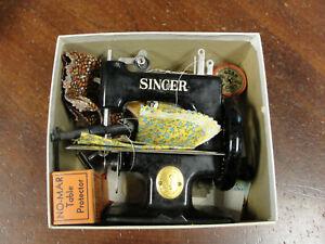 Antique 1920's Singer No 20 Childs Sewing Machine in Original Box