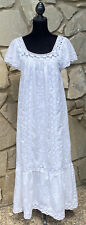 Vintage Oaxacan Mexican All White Embroidered Wedding Dress Fiesta Size M/L Long