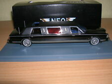 Neo Lincoln Town Car Stretch Limousine schwarz black, 1:43 Neu + OVP Resin