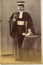 France, femme travestie en juge masculin  Vintage albumen print  Tirage albu