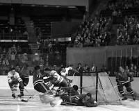 OLD ICE HOCKEY PHOTO 1950s Hockey Toronto Maple Leafs Vs New York Rangers 2
