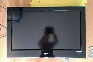 TV LG 32LH5000-ZB AC100-240V 50/60HZ Full Working Order