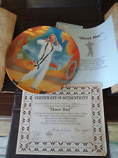 "KNOWLES SOUTH PACIFIC -PORCELAIN PLATE ""HONEY BUN"" Certificate incl."