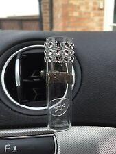 Auto voiture vase avec fente d'aération à clip argent design. tige disque vase en verre, vw vase style