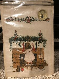 Vintage Holly Hobbie Wall Decor Linen Wall Hanging Christmas Edition NEW &SEALED