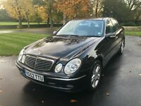 MERCEDES BENZ E500 5.0 V8 AUTO 7 G-TRONIC - HUGE SPEC INC PANORAMIC ROOF -